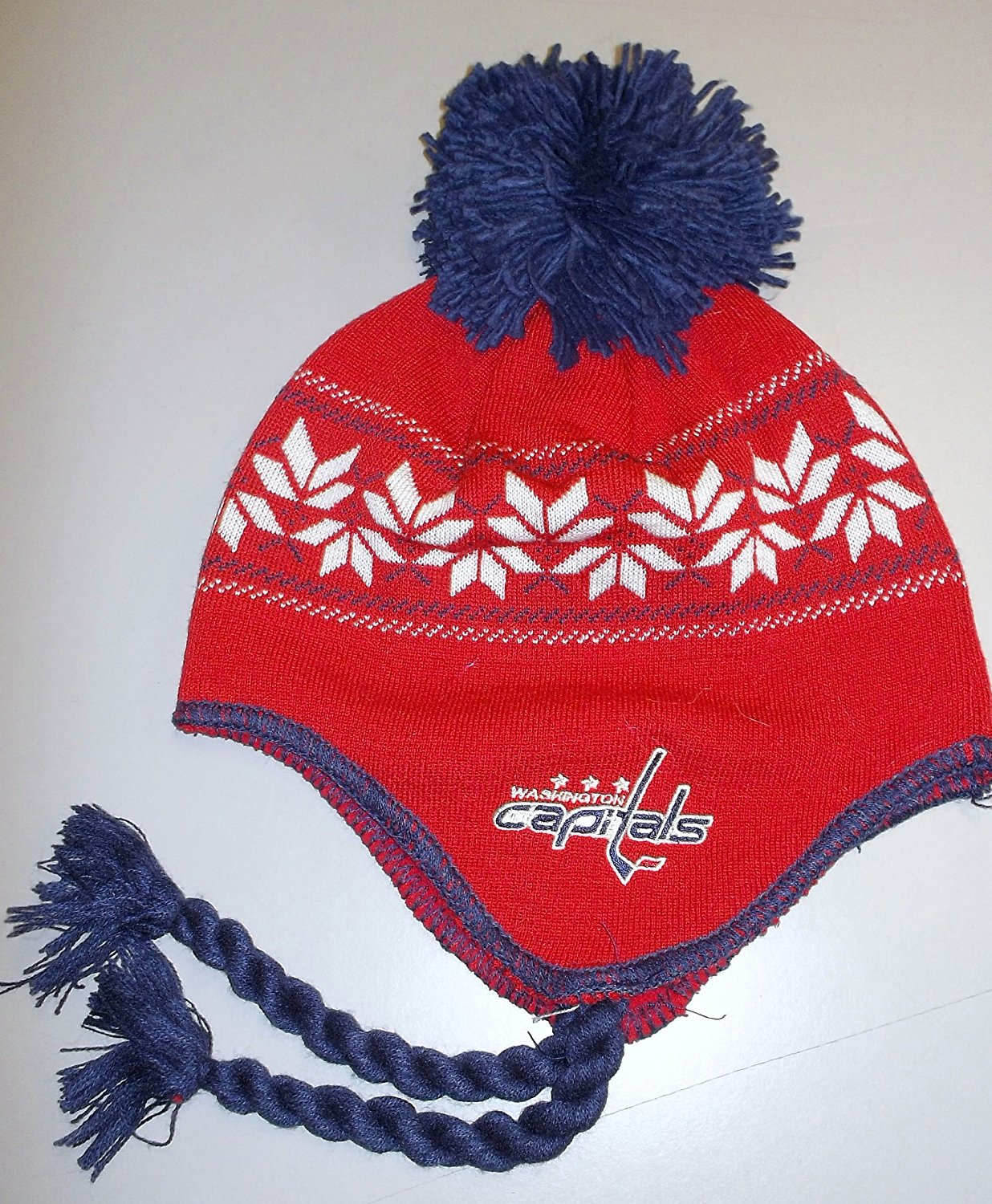 Get Quotations · Washington Capitals Team Classics Tassel Knit with POM CCM NHL  Hat - Osfa - KZG84 9892acdafd32