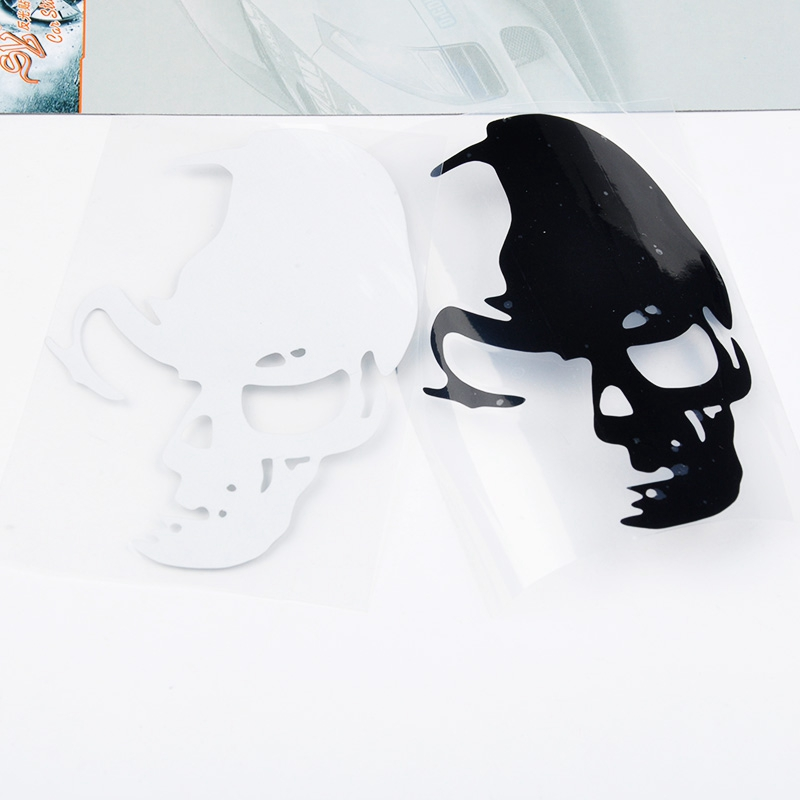 1PCS 12*8CM Cool Skull Car Stickers Funny And Creative Car Styling Car Decoration Accessories Decal Decor Stickers QP0052