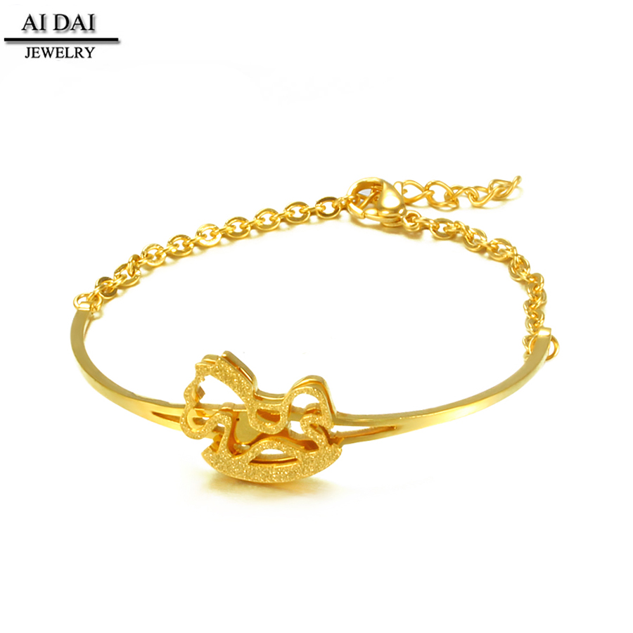 bracelet india jewellery textured online gold caratlane lar com oval jewelry