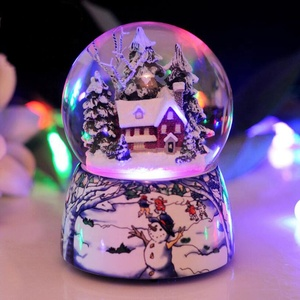 Custom animated Led lighted house Christmas spinning water globe