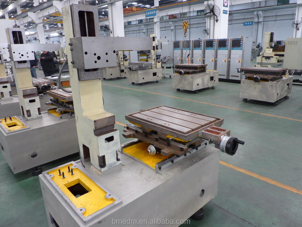 Wire EDM Cutting Machine Model DK7725C for Aluminum material