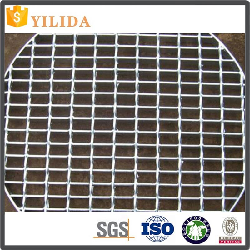 bright surface. Cover Trenches in Plants30*3 grating customized made in China