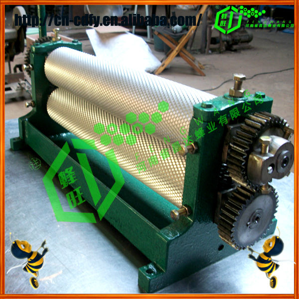 Hot sale new type manual/electric beeswax foundation machine