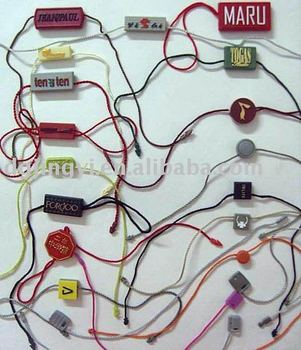 Fashion Custom Plastic hang tag for garment