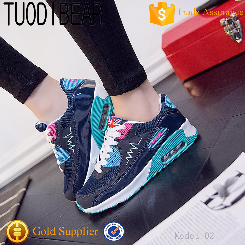 Manufacturer wholesale cute panda design flat shoe lady casual shoes