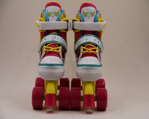 High quality 4 wheels shoes traditional canvas artistic roller skates