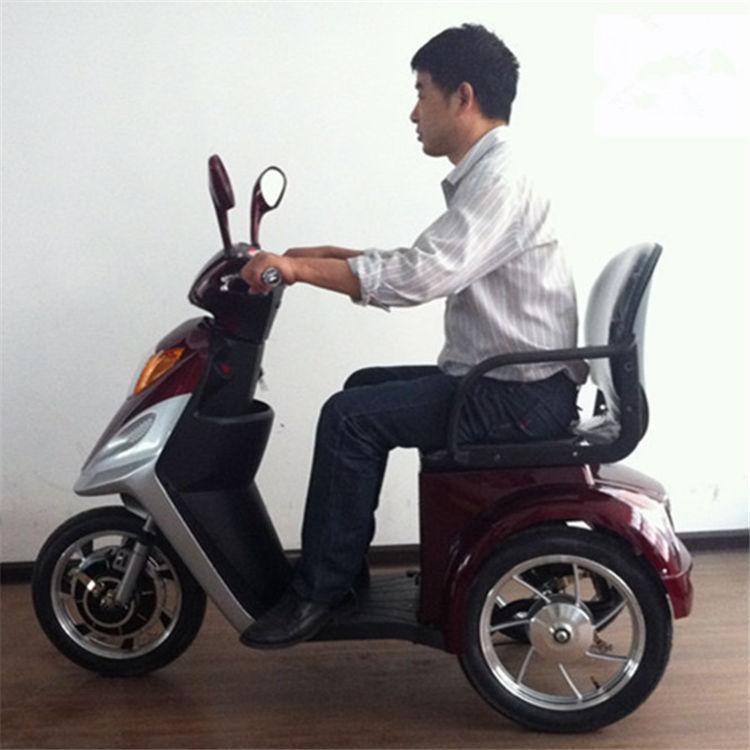 mobilit lectrique scooter personnes g es utilis 50cc scooters vendre scooter lectrique id. Black Bedroom Furniture Sets. Home Design Ideas