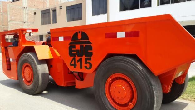Camion Dumper 415 Ejc