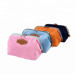 New model oxford makeup pouch travel cosmetic bag for women