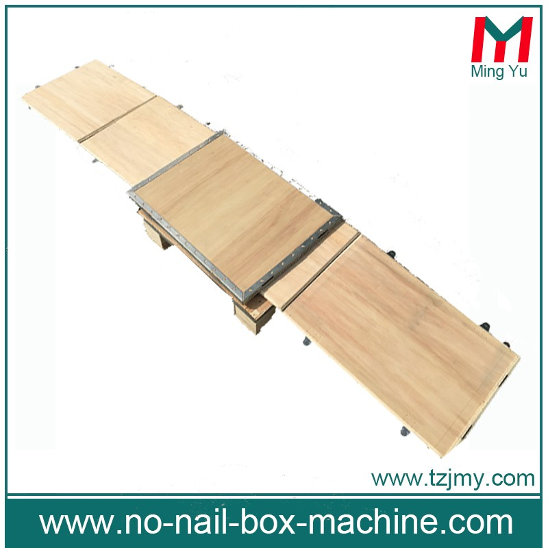 China packaging material pallet box with inserts