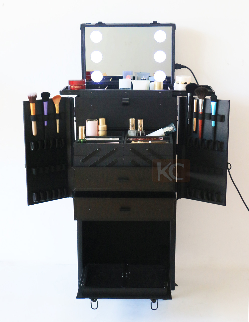 Multifuncional professional modern mobile hairdressing for Modern salon stations