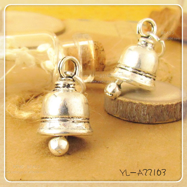 Tibetan Silver Jingle Christmas Bell Dangle European Bead Charm
