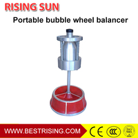 Small portable bubble wheel balancer