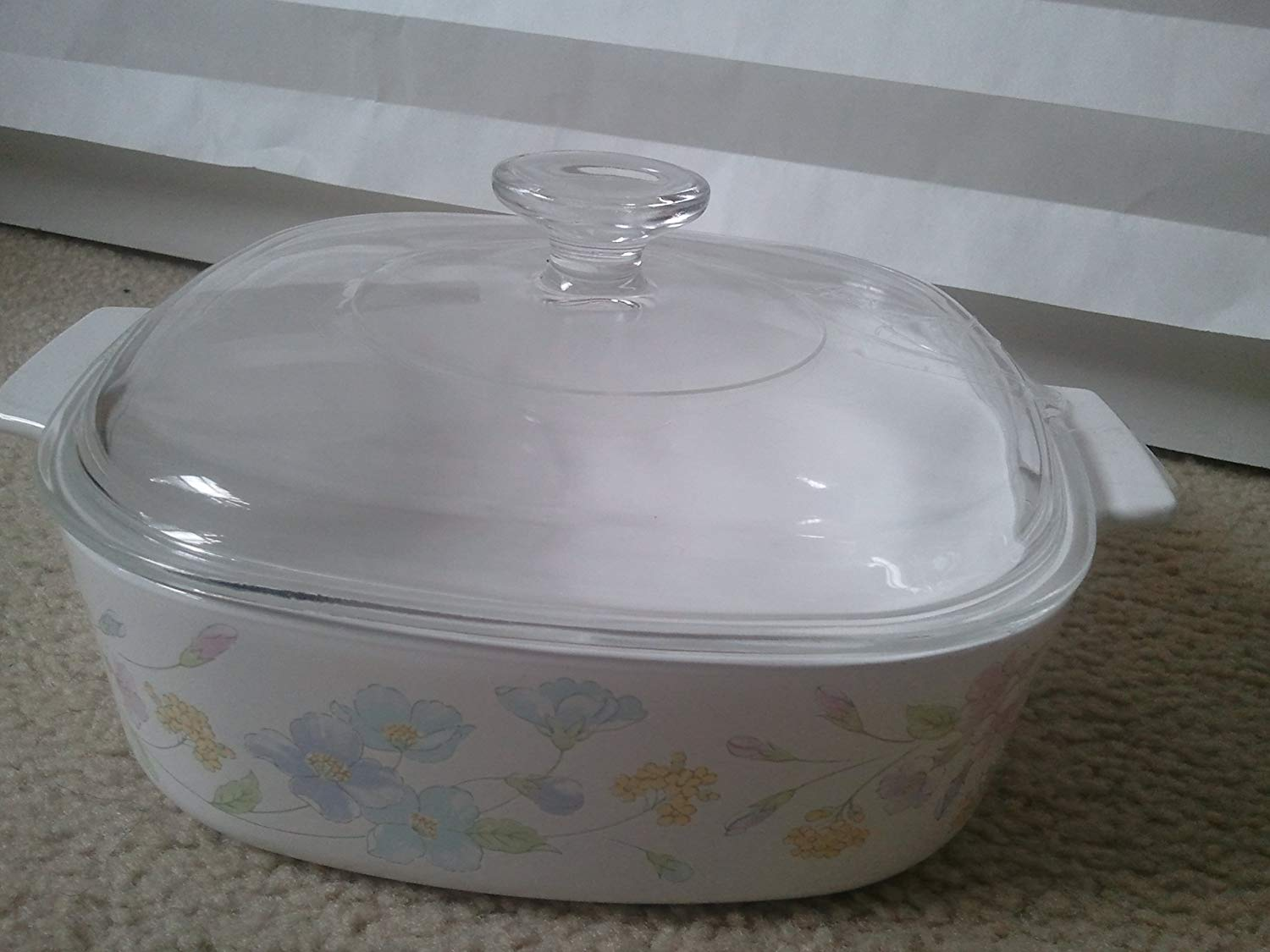 Vintage Corning Ware Pastel Bouquet Flowers Casserole Dish 2 Liter with Lid