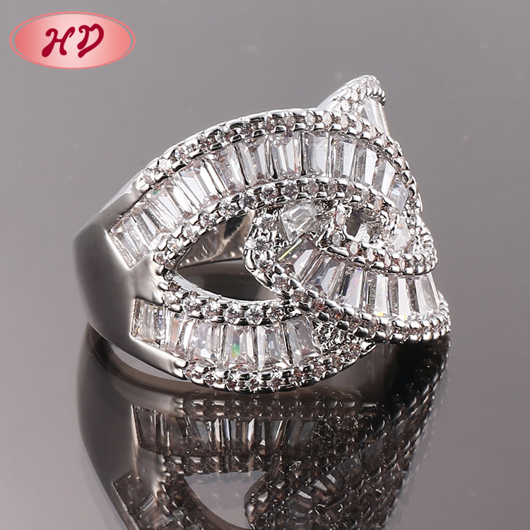 Fancy Gift Items For Ladies Women Trendy Gold Ring for Wholesale