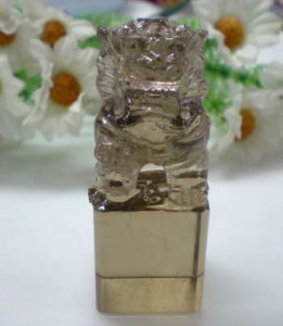 Clear-Color Crystal crystal lion For Desk Decorations