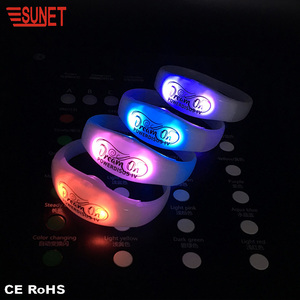 2019 New Product Custom Logo Remote Controlled LED Bracelet, DMX Control LED Wristband
