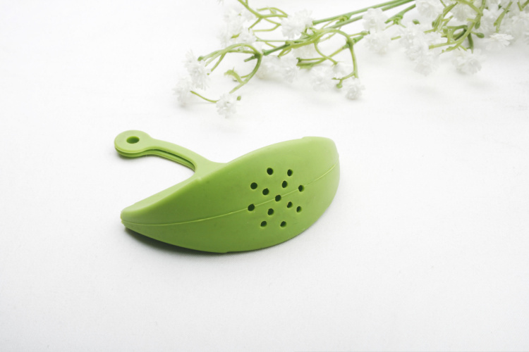 Portable Silicone Manual Hand Juicer Squeezer for Lemon Citrus Orange