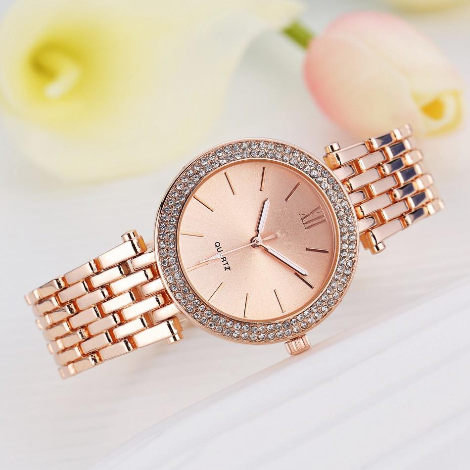 e753cb74e455 Moderno 3 colores mujeres relojes de oro cristal redondo pulsera para las  señoras Diamante de lujo