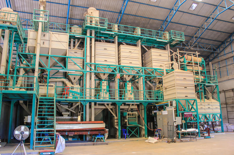 100TD Completed Parboiled Rice Producing Machine Combined Rice Mill Plant