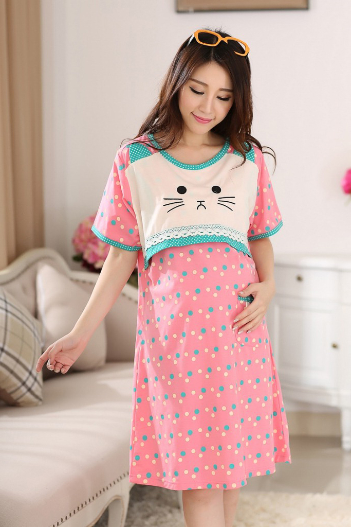 Cute clothes for women over 40