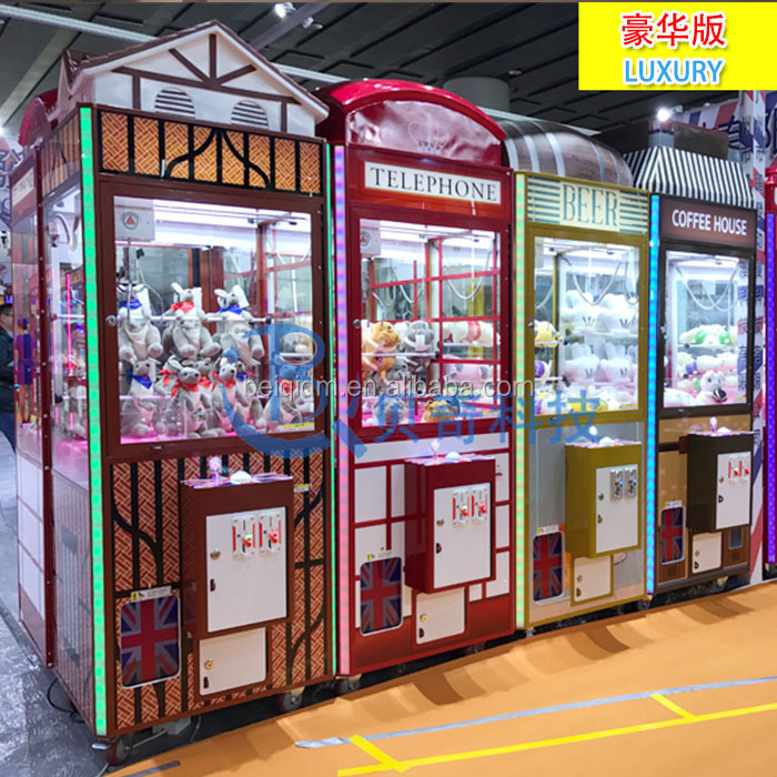 Christmas gift toy coin operated crane claw game machine popular in America