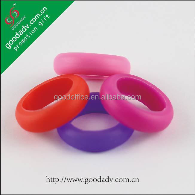 Hot promotional items Advertising Printing embossed silicone rubber wedding rings