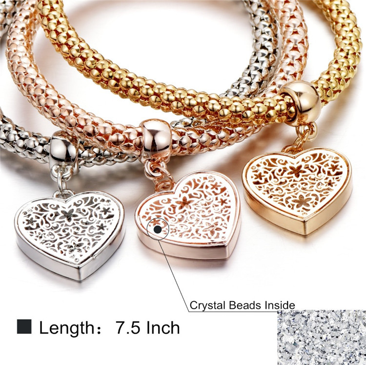 Fashion Three Colors Gold heart charm bracelet Set for women wholesale N95192