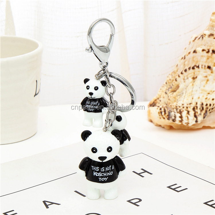 2018 newest manufacturer direct selling bear resin material key ring