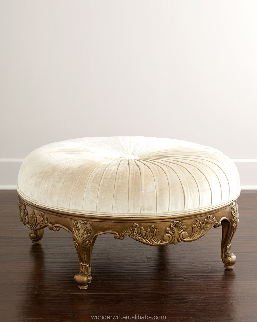 Surprising Royal Antique Round Ottoman Carved Furniture Bedroom Furniture Buy Antique Round Ottoman Bedroom Furniture Pouf Product On Alibaba Com Beatyapartments Chair Design Images Beatyapartmentscom