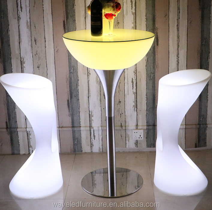 High quality rechargeable led cocktail outdoor plastic high top light round bar table