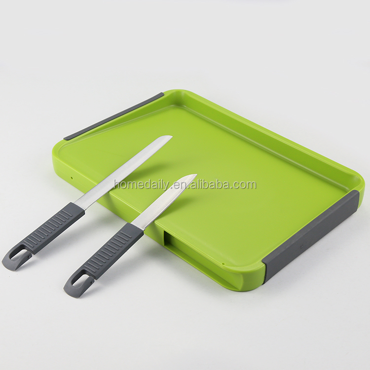 Plastic Cutting Board with Drip Groove Includes multi-function knife