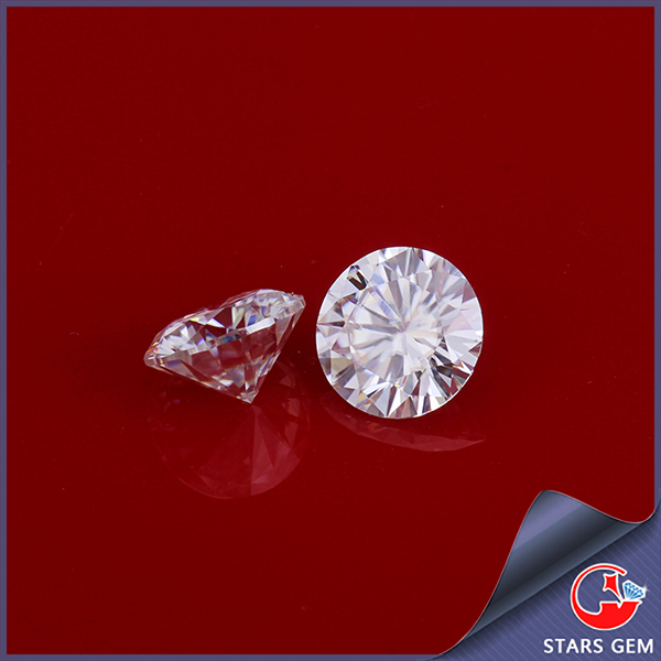 pure white VVS 1 carat round diamond cut moissanite bead