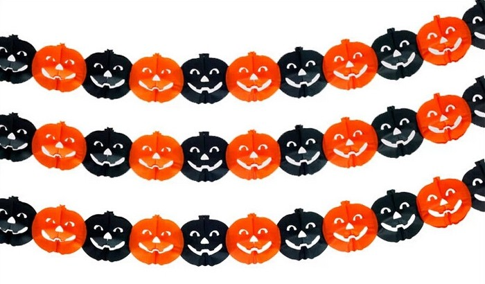 smile pumpkin paper garland for Halloween decoration