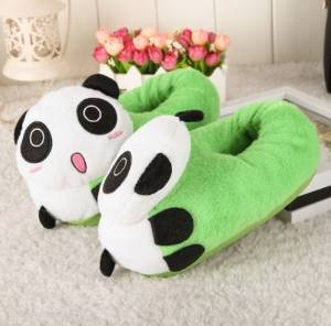 Cute cartoon Panda Slippers Kid Slippers Autumn and winter thick home warm cotton slippers /child plush slippers /Anti-skid Home House Slippers Fashion Travel Couples gift Slippers