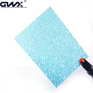 Impact resistance 1mm thick fireproof polycarbonate plastic color embossed sheet supplier