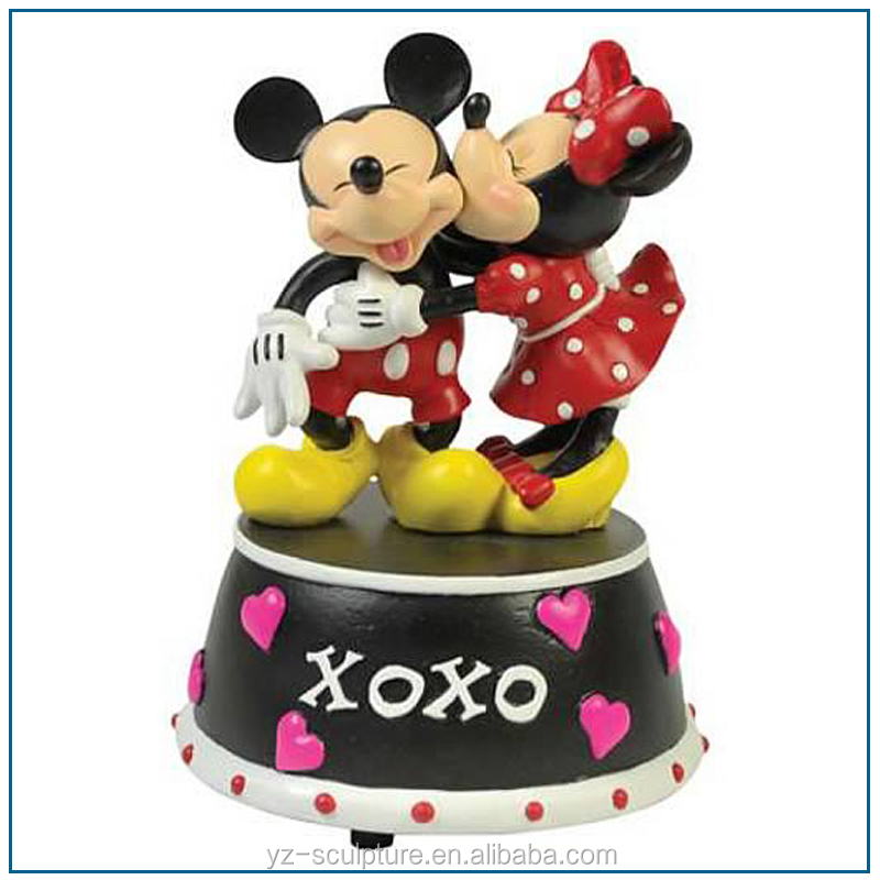 resin mickey mouse statue for park decoration