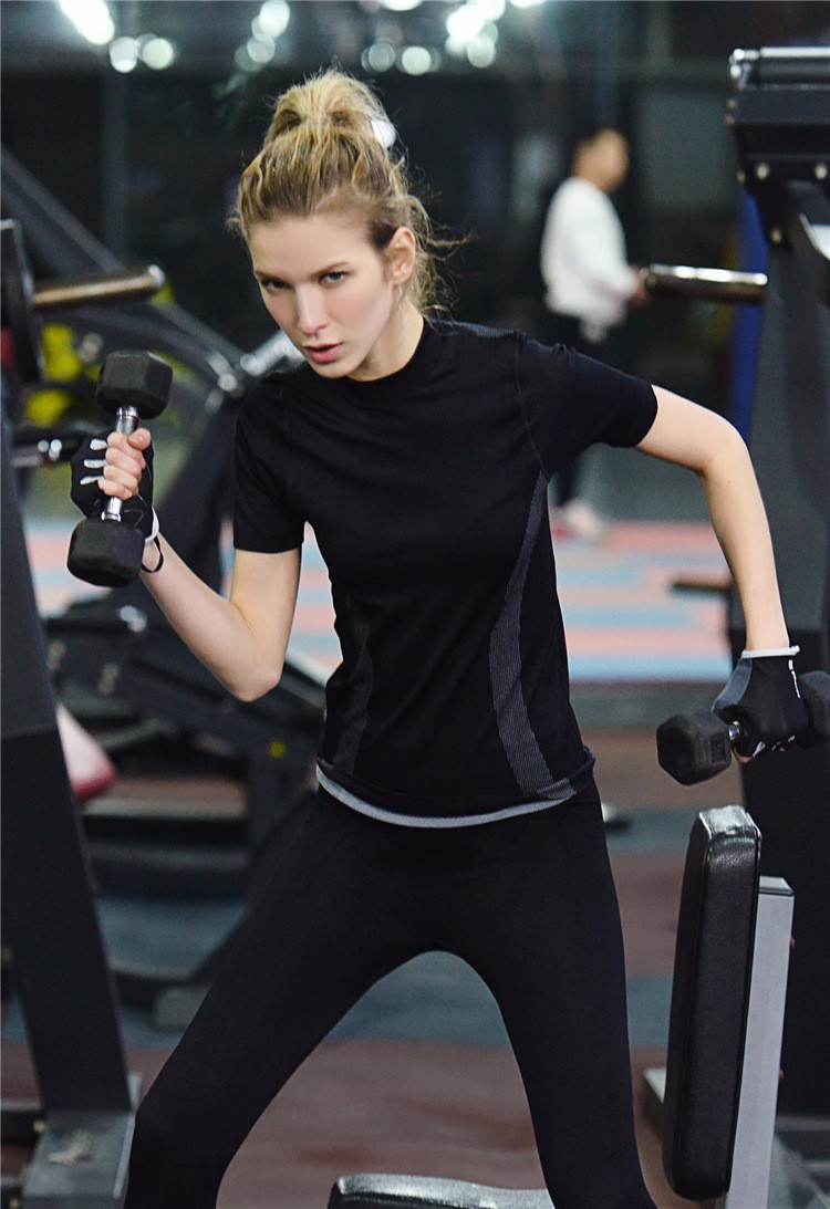 Round Neck Flexible Gym Running Short Sleeve Shirts Fashion Women Sexy Sport Wear 3