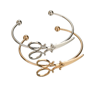 Fashion Simple Expandable Scissor Bracelet Women's Alloy Mini Scissors Charm Bangle Cuff Bracelet Opening Jewelry Novelty Gifts
