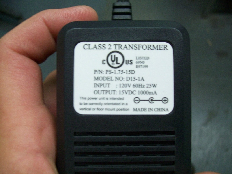 15V DC 1A Power Adapter Supply Center Positive 120V 60Hz 25W PS-1.75-15D