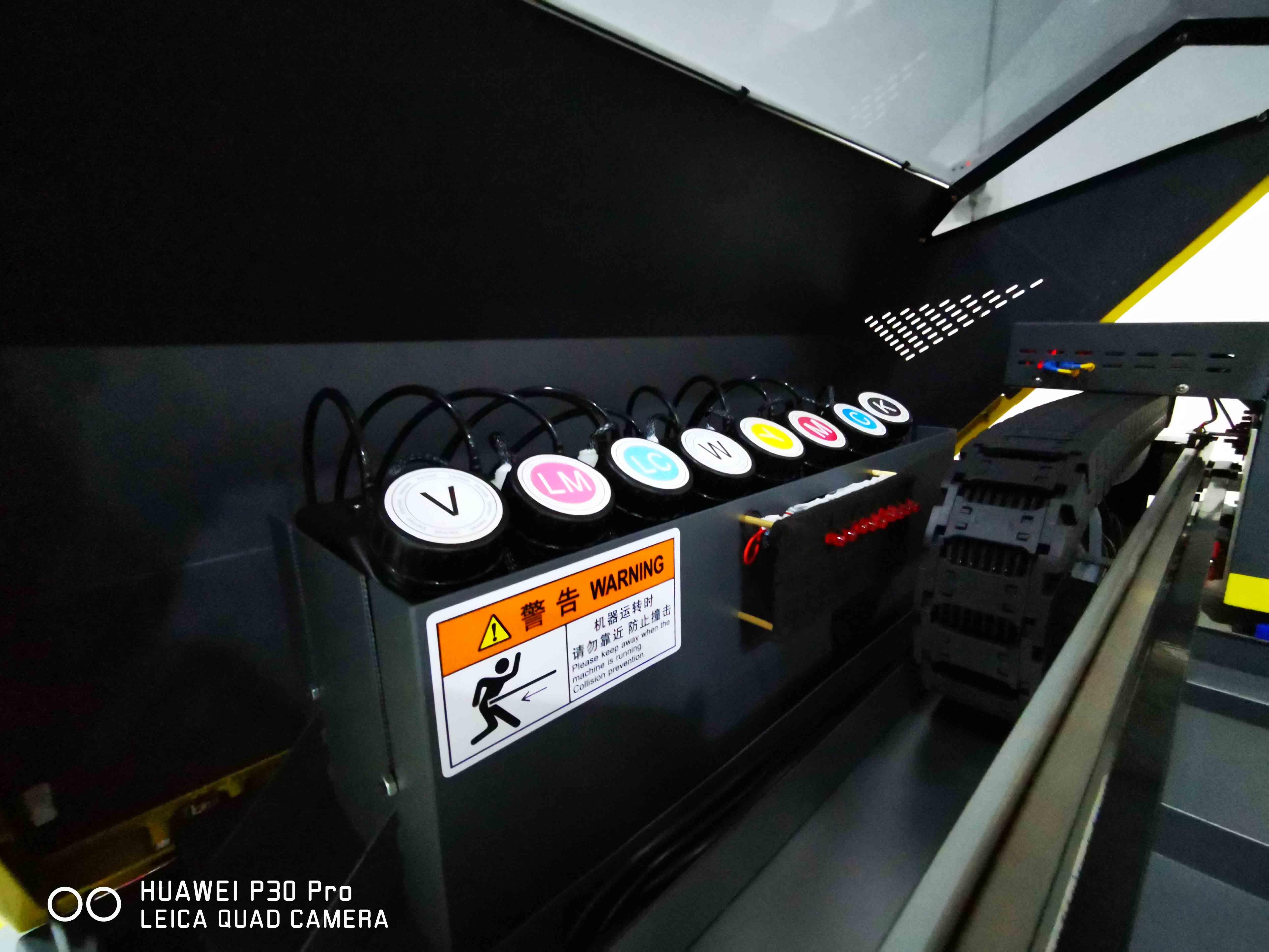 अल्फा जेट छोटे प्रारूप A3 यूवी फोन के मामले में गोल्फ की गेंद डिजिटल यूवी पानी के गिलास मुद्रण मशीन की कीमत