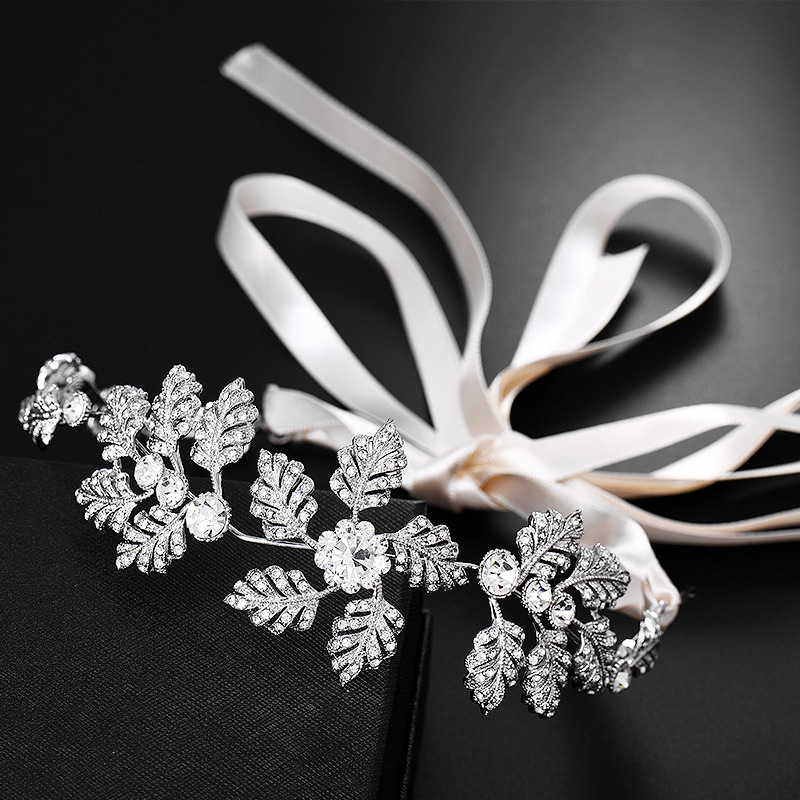 2019 Western Wedding Fashion Headdress For Bride Handmade Wedding Crown Floral Pearl Hair Accessories Hairpin Ornaments