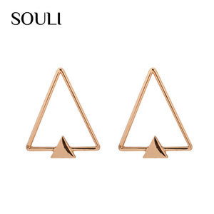 China Jewelry Manufacturer 2018 New Unique Triangle Shape Stud Earrings