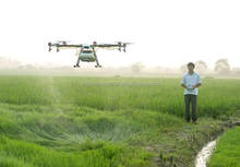JMRRC 5L Professional Long Distance Safety Precision Agriculture Drone sprayer autonomous flying for farm