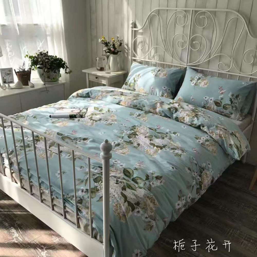 Flower designed bed sheet with good price