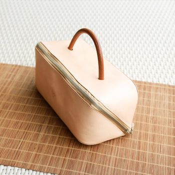 1CS0371 Expanding Toiletry Bag Traveller Dopp Kit Handmade Vegetable Tanned Leather  Cosmetic Case Girls Toiletry Bags e203abe38935f
