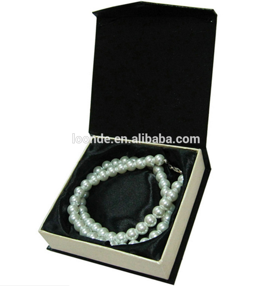 Custom logo printed bracelet packaging box for gift