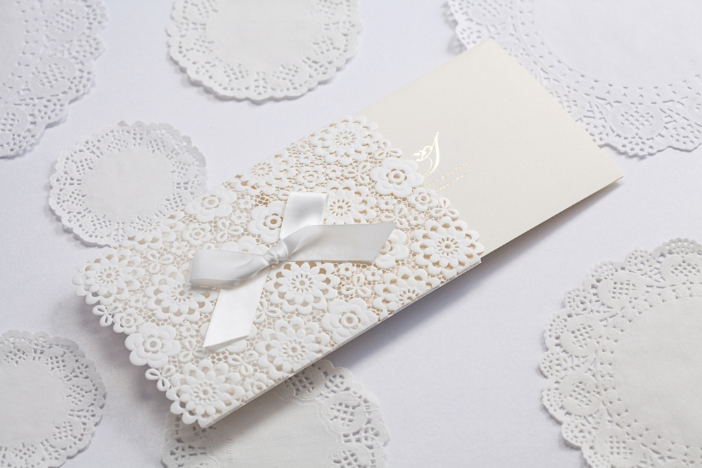 Lace muslim Wedding Invitations Elegant Embossed White Ribbon – Butterfly Wedding Invitation Cards