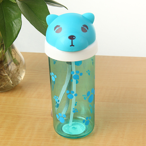 China supplier 350ML BPA free plastic creative individualized baby sippy cup with straw