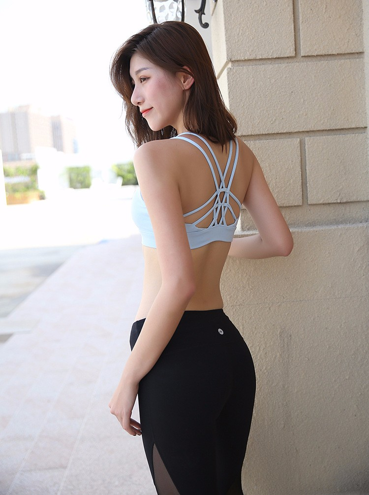 2018HOT Professional Women Sports Bras GYM Lady Running Fitness Exercise Quick-drying Underwear Training Dancing Shockproof Vest 4